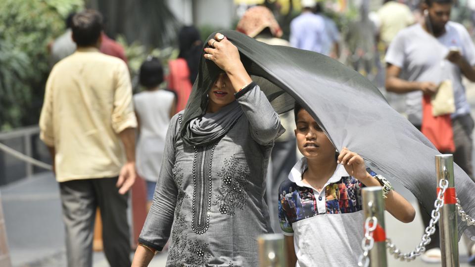 Delhi heat,humidity,Delhi's power demand