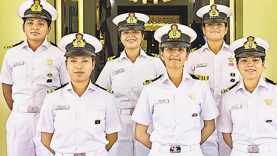 Tarini crew,Gallantry award,Navy's sailing vessel