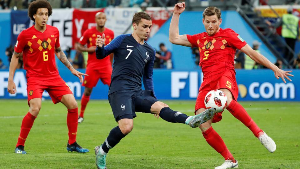 France's Antoine Griezmann in action with Belgium's Jan Vertonghen.  (REUTERS)