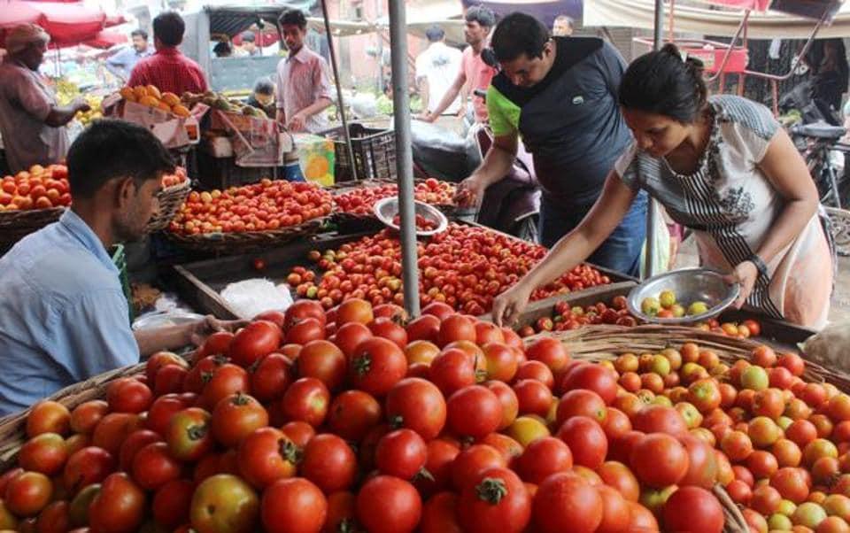 Farmers,Tomato,Pune