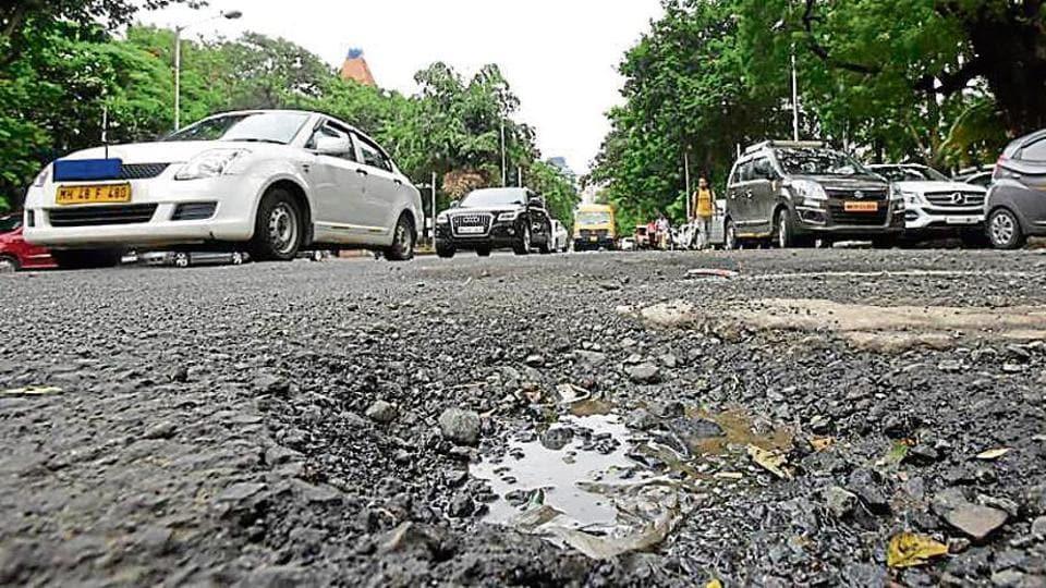 Mumbai roads,Mumbai potholes,BMC