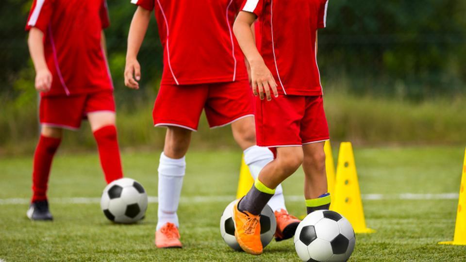 Football,Football Injury,Headbutting