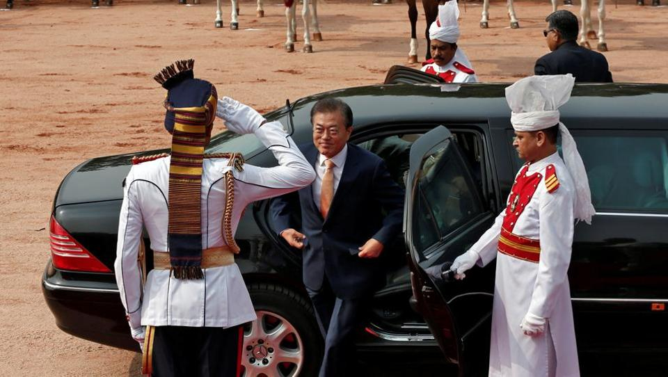 South Korean President Moon Jae-in arrives for his ceremonial reception at the forecourt of India's Rashtrapati Bhavan presidential palace in New Delhi on July 10, 2018. (Adnan Abidi / REUTERS)