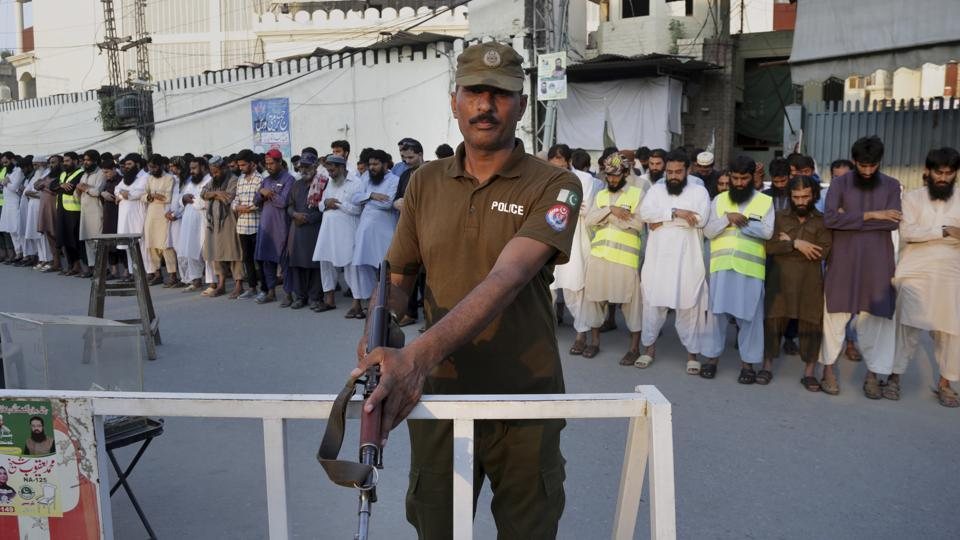 Pakistan mourns after Mastung carnage kills 128