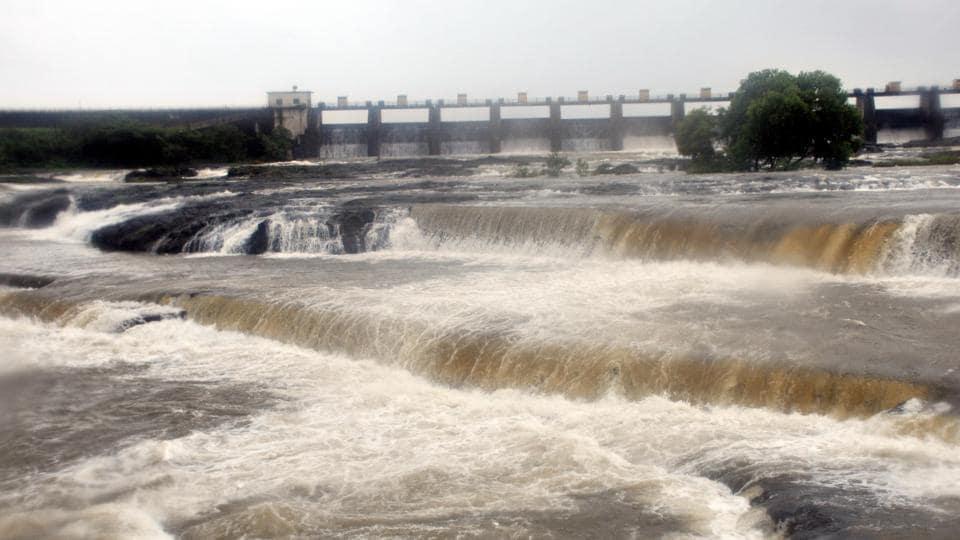 monsoon,dam,water level