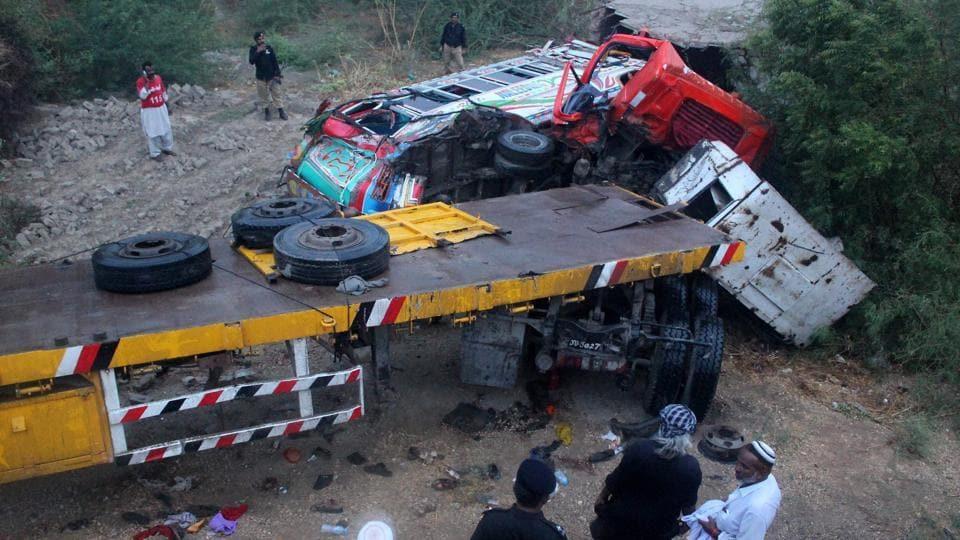 Pakistan,Truck accident,Sindh