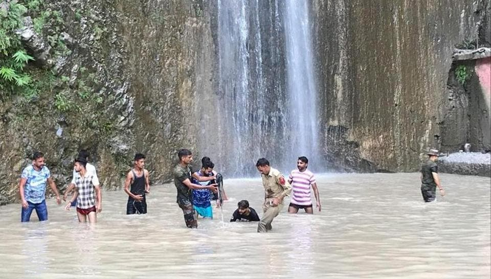 Siar Baba waterfall,Siar Baba waterfall tragedy,Death toll