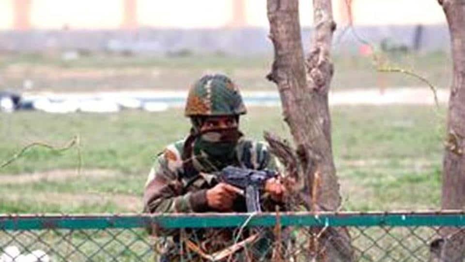 Army jawan,Army jawan commits suicide,Army jawan in Jammu