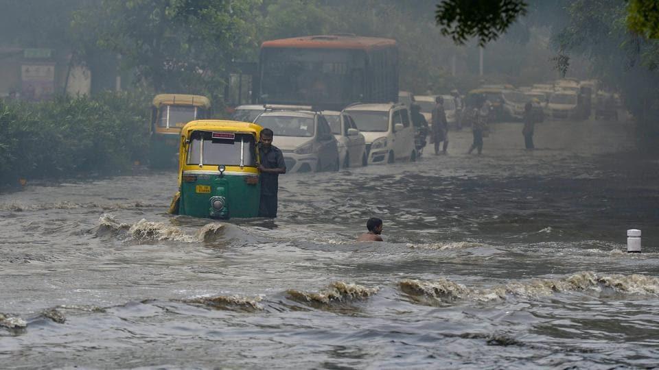 Delhi rains:Agencies ignored reminders to fix potholes, unclog drains