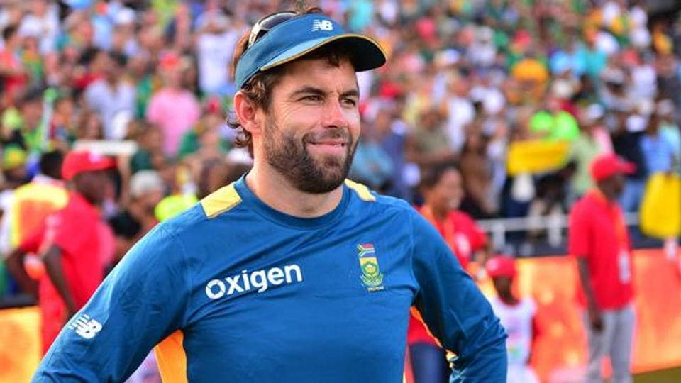 Neil McKenzie, who represented South Africa in 124 matches, will take over from former Sri Lanka batsman Thilan Samaraweera.