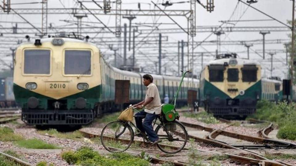 Railways,Unmanned railway crossing,death on railway tracks