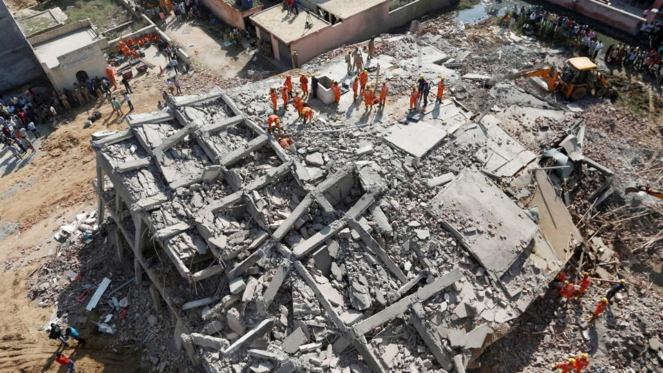 Greater Noida building collapse,Building collapse,Magisterial inquiry