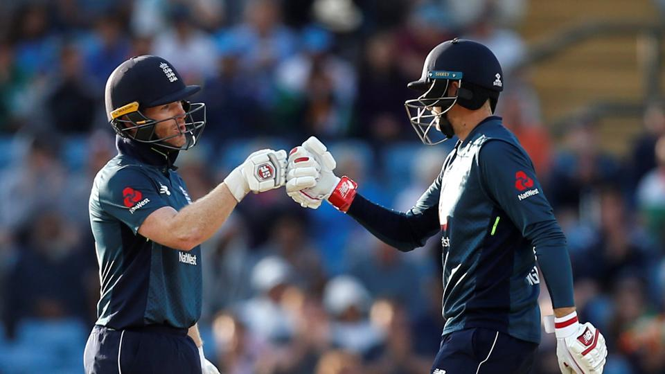 England's Eoin Morgan and Joe Root put together an unbeaten partnership of 186 to guide the hosts to a commanding win. (Action Images via Reuters)