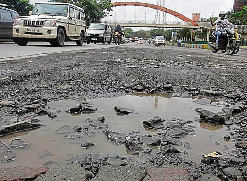 Thane,TMC,Potholes