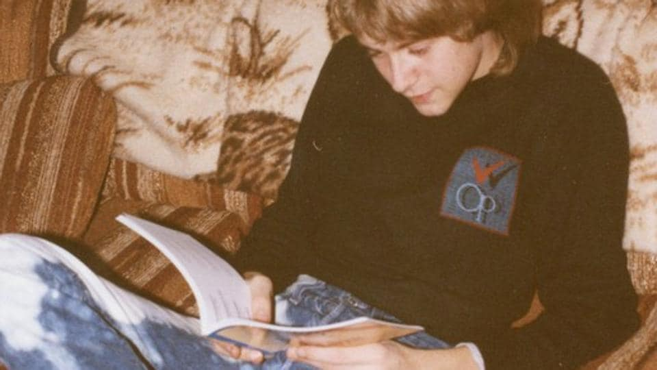 A young Kurt Cobain is seen in an image dated December 24, 1986, handed out by his family, and part of an exhibition of his personal items at the Museum of Style Icons in Newbridge, Ireland. The American singer-songwriter Cobain died in 1994 aged 27 from a self-inflicted gunshot while struggling with heroin addiction. (Cobain Family Archive / REUTERS)