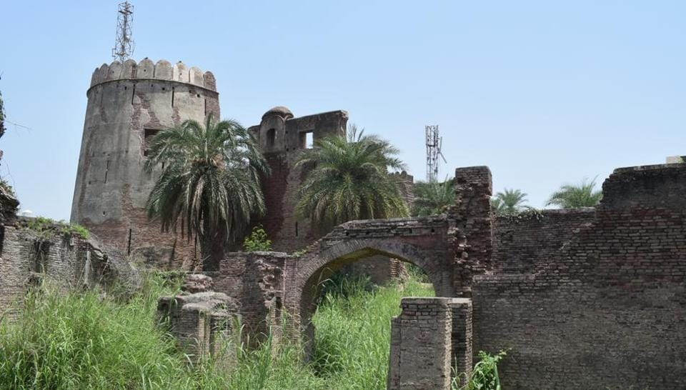 Punjab,Manauli fort,archaeological department