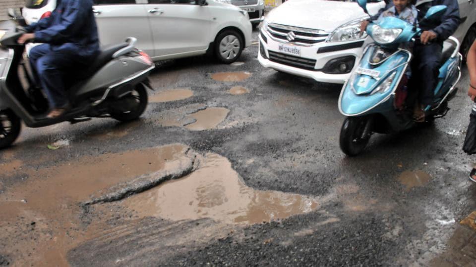 Pune rain check,Maha-Metro,potholes