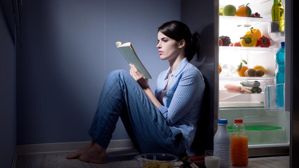 Being prepared with what you should eat if you feel hungry at night will help to avoid snacking on unhealthy foods.