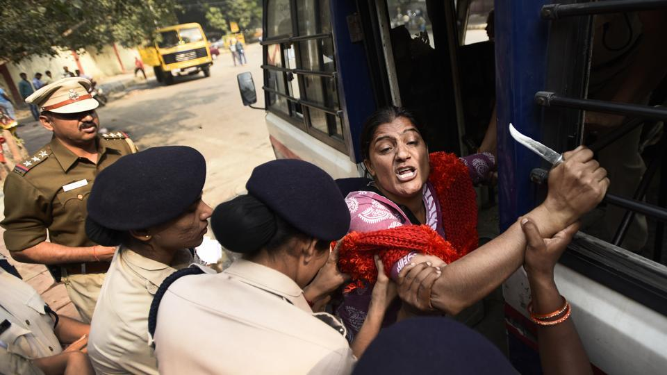 """A protestor being detained on October 30, 2017 after the NGT on October 5 banned all protests and dharnas around Jantar Mantar on grounds of violation of environmental laws. The Supreme Court on Monday said that, there cannot be a """"complete ban"""" on holding protests and sit-ins at Jantar Mantar and Boat Club in New Delhi and asked the Centre to frame guidelines to grant the necessary permission to hold such events. (Burhaan Kinu / HT Archive)"""