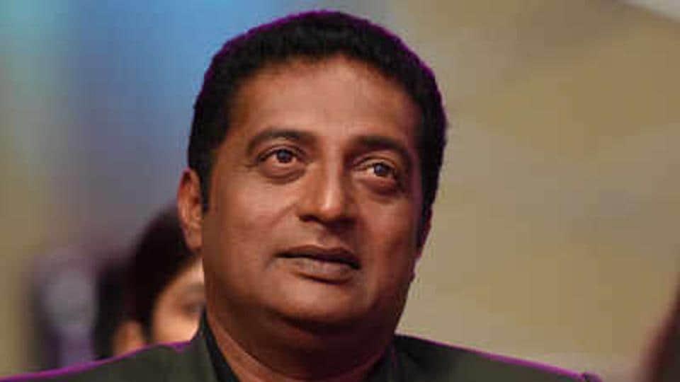 Prakash Raj,Mohanlal,Mohanlal AMMA