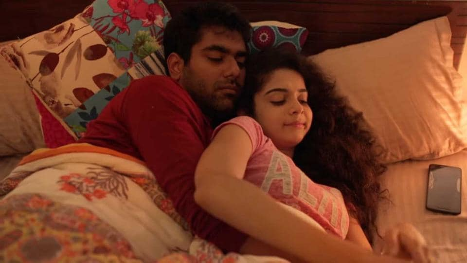 Little Things stars Mithila Palkar and Dhruv Sehgal.