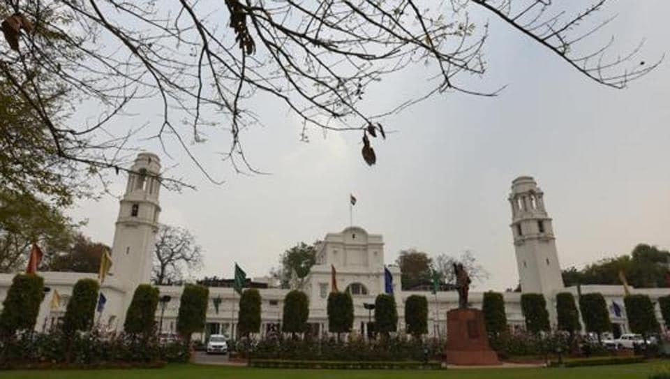 Rs 1 crore in compensation,Delhi soldiers,Delhi government