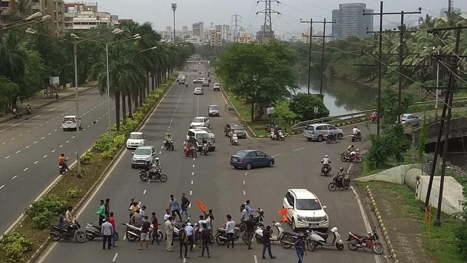 Maharashtra bandh highlights: Over 400 protesters detained in Mumbai