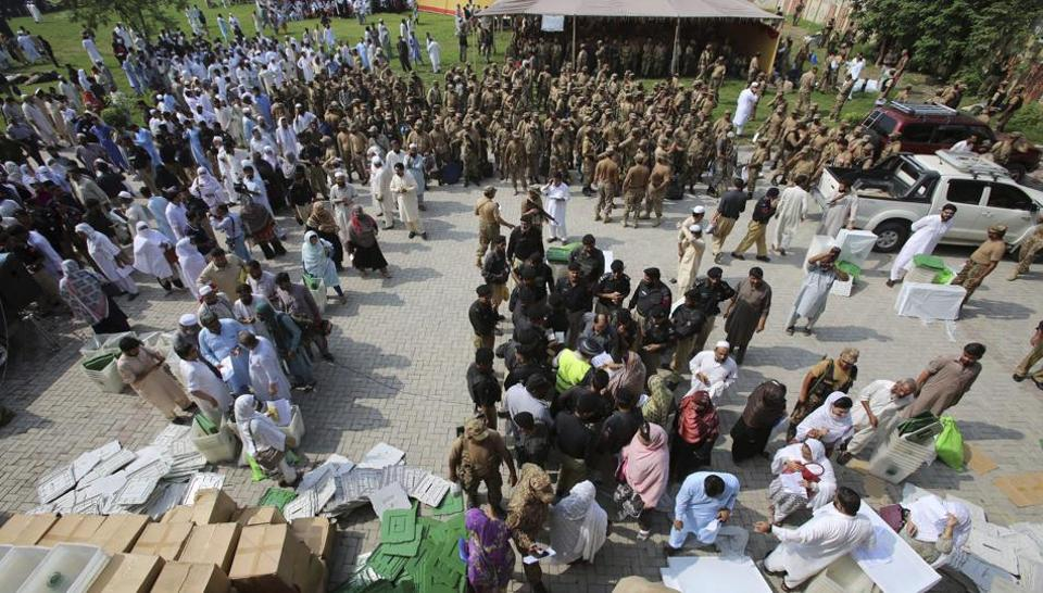Pakistan Election 2018 Live Coverage,Bilawal Bhutton Zardari,Imran Khan
