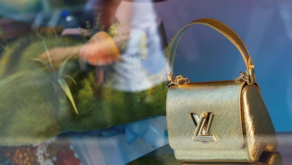 Louis Vuitton,LVMH sales,LVMH H1 profit