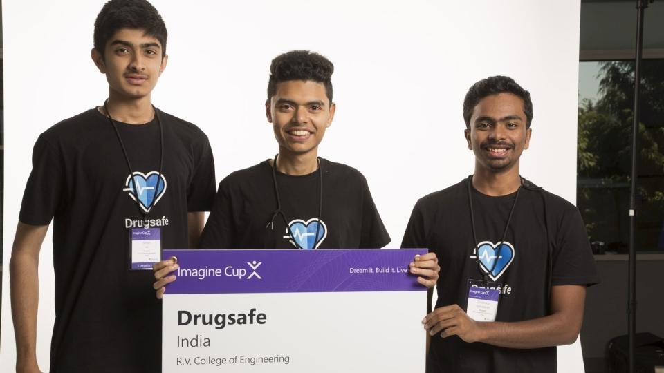 microsoft awards indian students for app that can identify fake