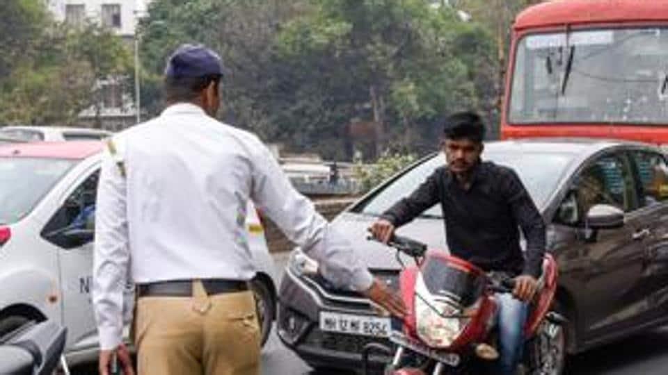 Pune,traffic,police