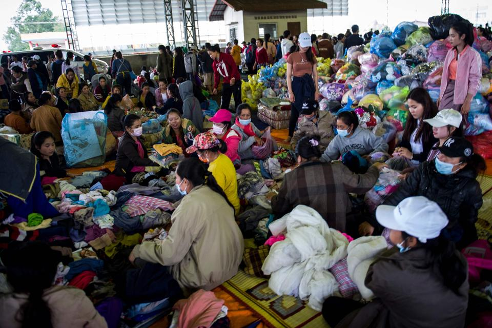 Displaced residents seek shelter in Paksong town. Authorities are investigating the collapse whereas, the firm blamed the collapse on heavy rain. Laos and its neighbours are in the middle of the monsoon season that brings tropical storms and heavy rain. (Ye Aung Thu / AFP)