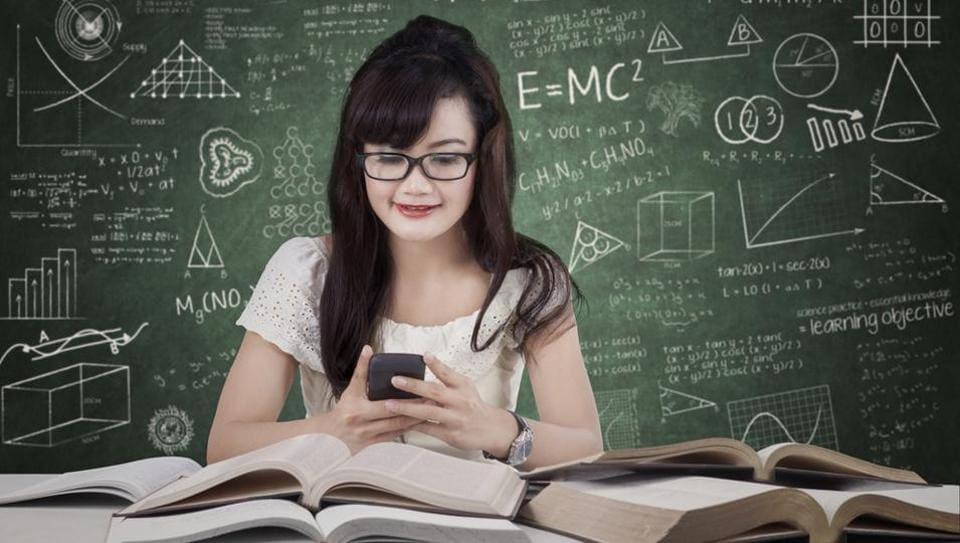 Check phone,Lecture,Grades