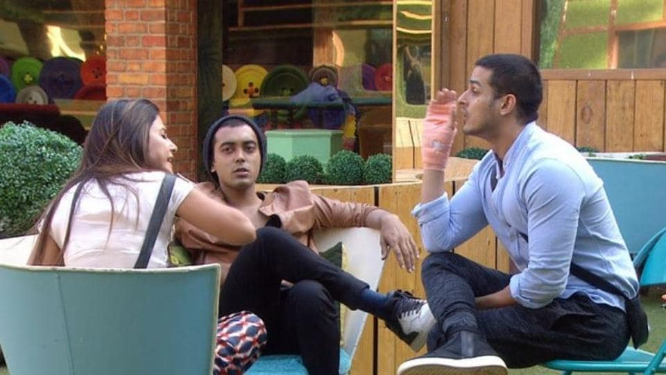 Hina Khan with Priyank Sharma and Luv Tyagi in Bigg Boss 11.