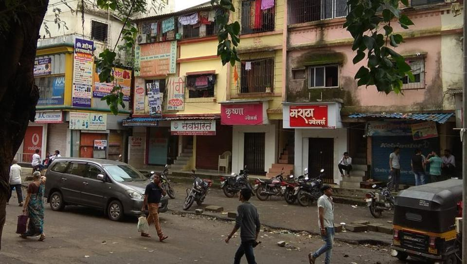 Shops and markets in Kopar Khairane, however, remained shut even on Friday.