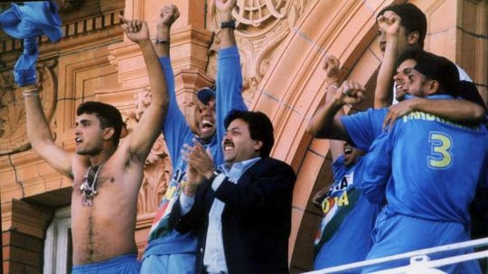 Sourav Ganguly swirls his shirt after Team India defeated England in the final match of the Natwest Trophy, at the balcony of the Lords in London, 2002.