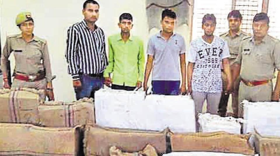 Greater Noida,Greater Noida crime,Vivo phones stollen
