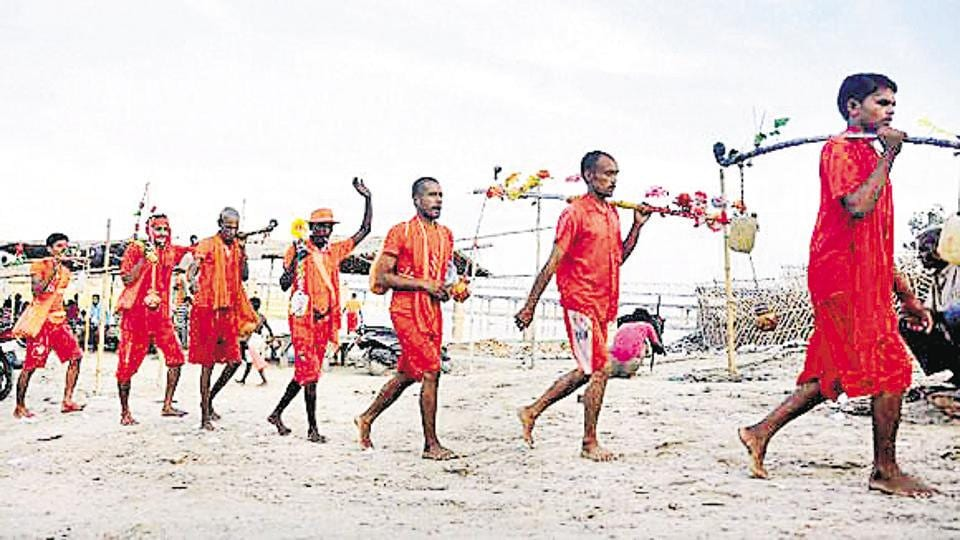 Muslim participate in Kanwar Yatra,Kanwar Yatra,kanwariyas