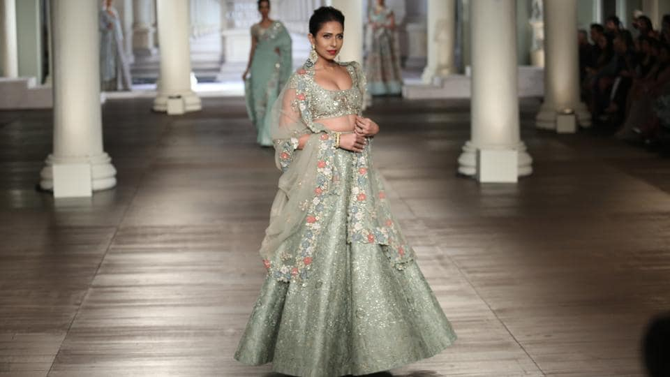Shyamal and Bhumika's collection at the couture week was called Muse of Mirrors.  (amal ks/ht photo)