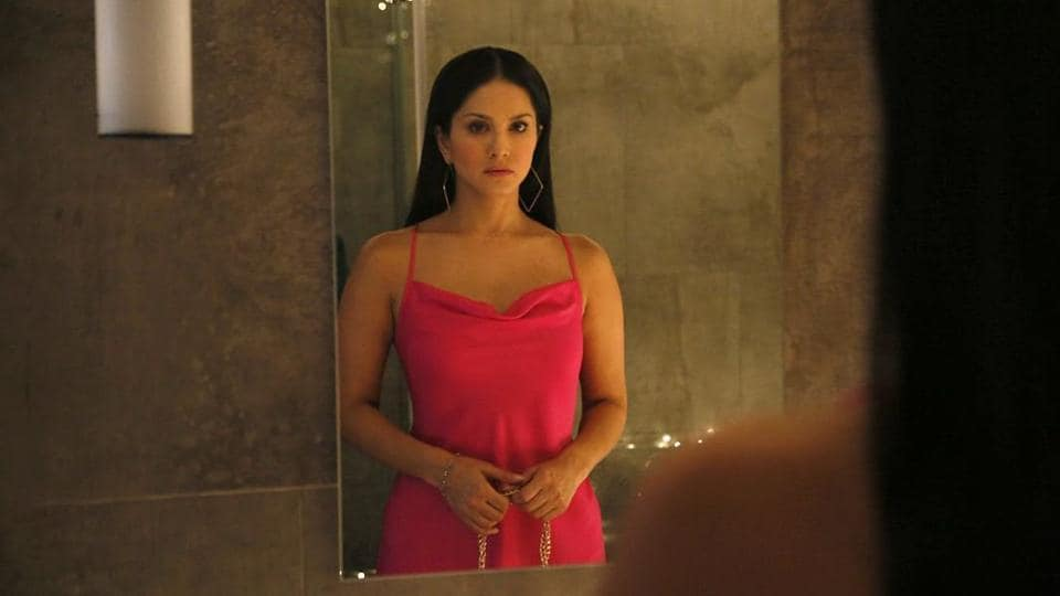 Sunny Leone found it hard to relive her parents' death in