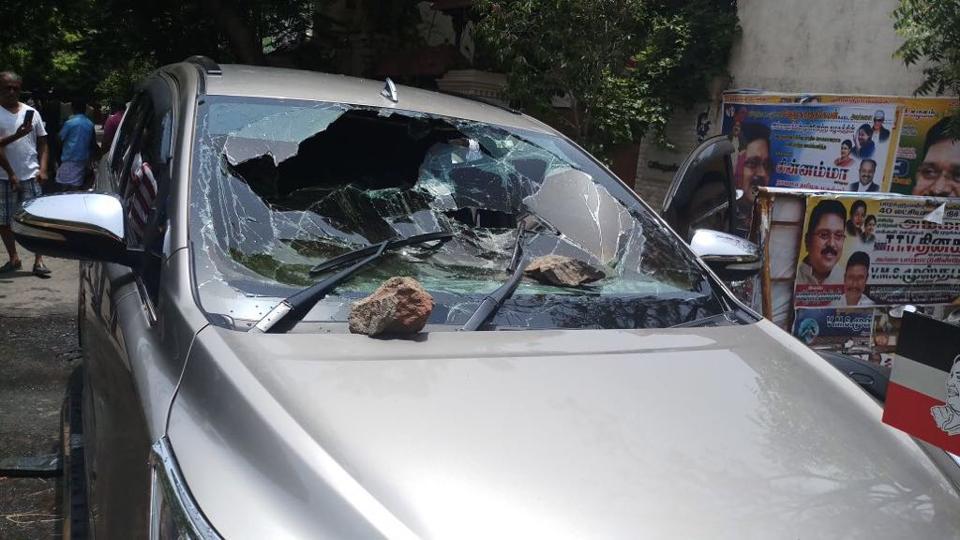 TTV Dhinakaran,AIADMK,Petrol bomb