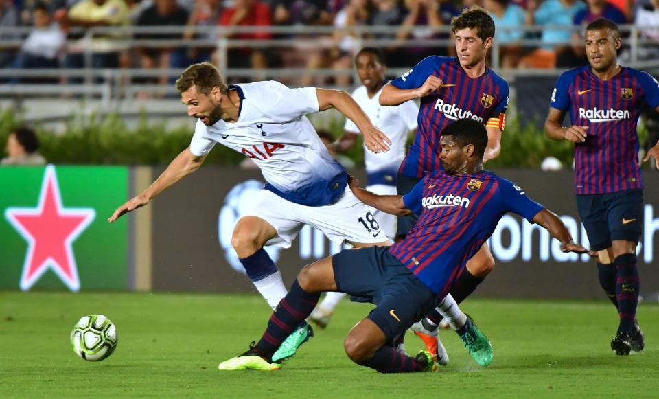 Barcelona coach Valverde impressed by Arthur, Lenglet debuts
