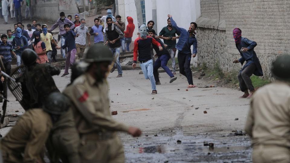 Kashmir youth,Kashmir terror groups,Kashmir Militancy