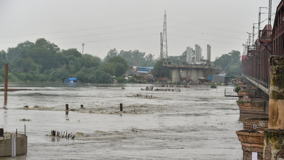 Yamuna,Hathnikund barrage,Delhi