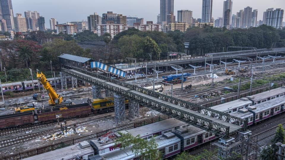 The FOB currently connects to the newly constructed platform at Parel station.