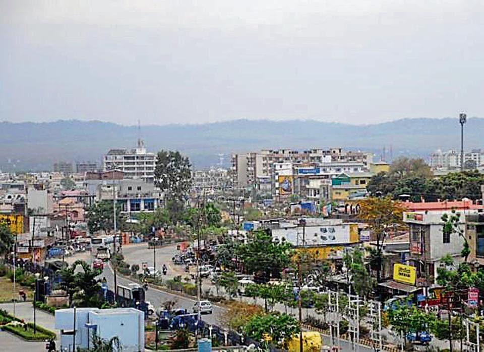 The Dehradun smart city project worth Rs 1200 crore will be implemented by June next year, said Ashish Kumar Srivastava, vice chairman of Mussoorie Dehradun Development Authority.