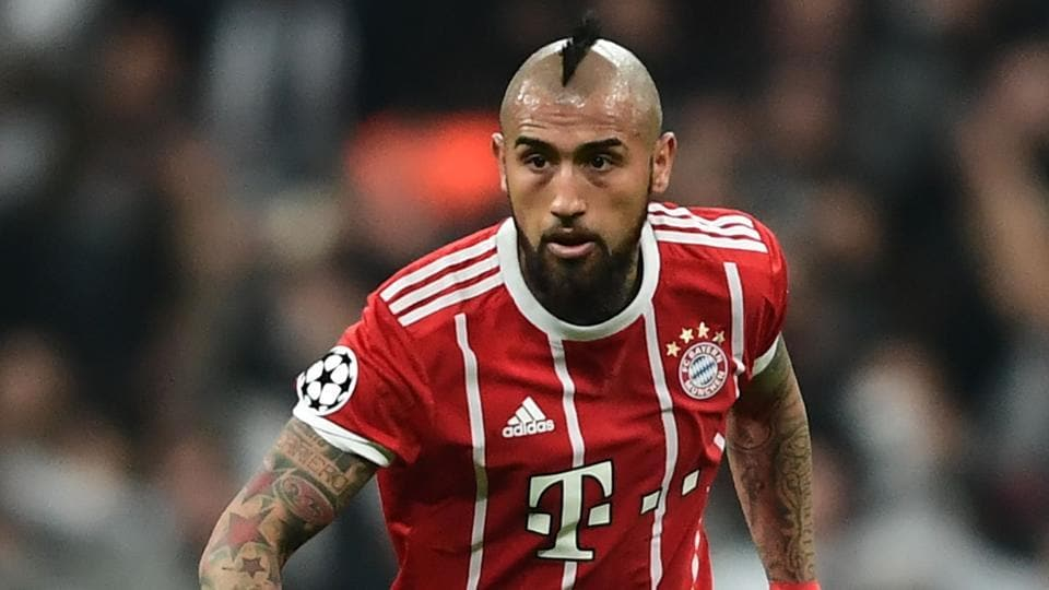 best sneakers 1eaf5 66b3a Barcelona agree Arturo Vidal switch in '30-million-euro deal ...