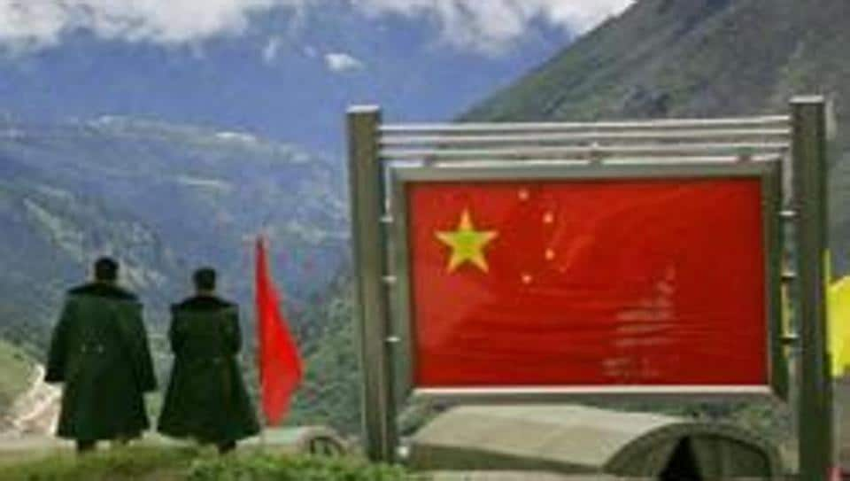 Chinese army officers on the Chinese side of the international border at Nathula Pass in Sikkim.China and India were locked in a 73-day standoff on the Doklam (Donglang in Chinese) plateau near the Sikkim border last year.