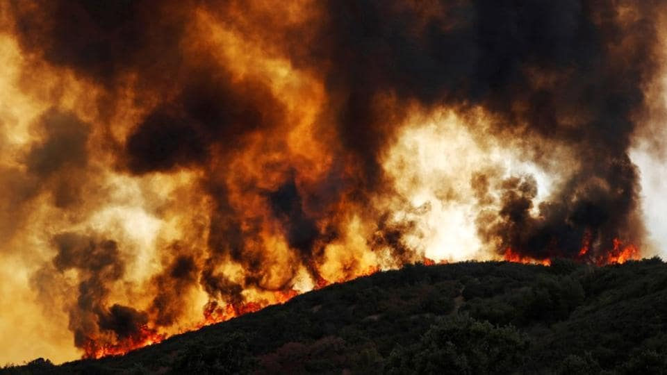 California's largest wildfire,Largest forest fire,Twin blazes