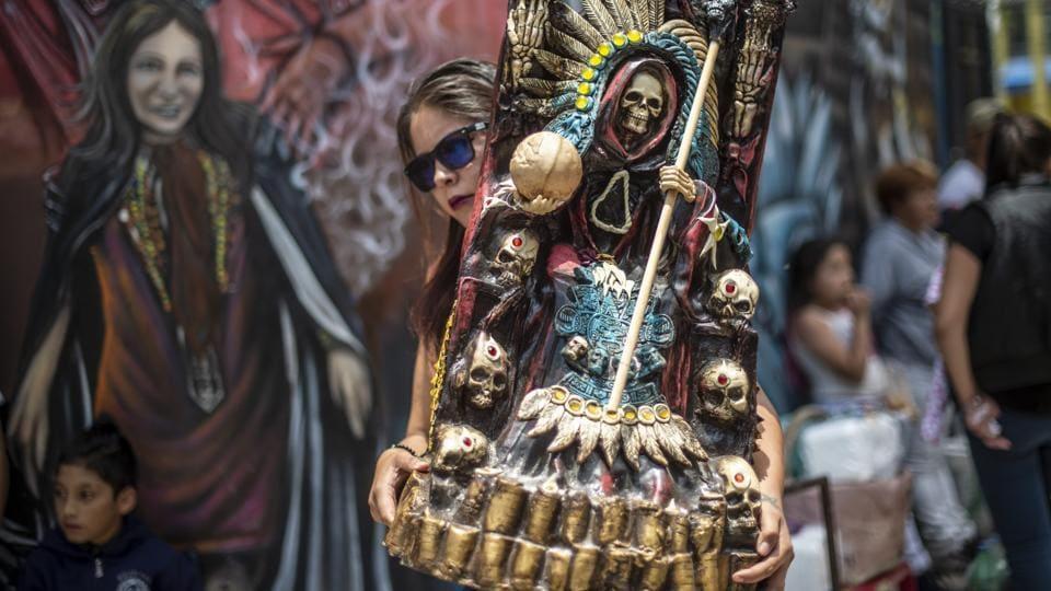 Photos: Praying to Santa Muerte, Mexico's deity of death | world